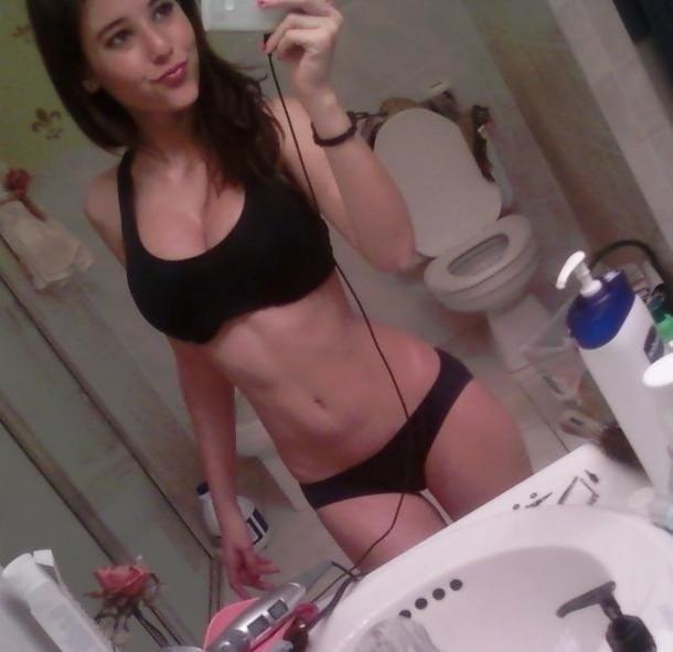 Amateur teen babe Mynra Joy teases her big tits while masturbating № 577484 загрузить