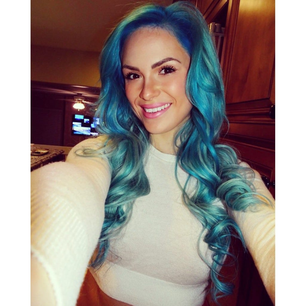 Kate Sullivan Dyed Her Hair Again, Do The Smurfs Have A ...