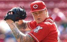 White Sox Sign Mat Latos
