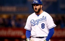 Royals, Mike Moustakas Agree On Two-Year Extension