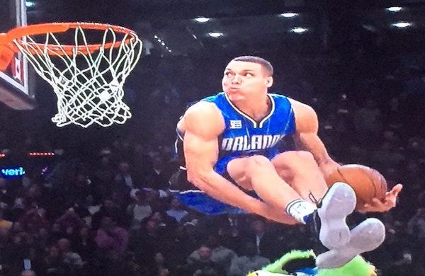 Zach LaVine And Aaron Gordon Squared Off In An Epic NBA Dunk Contest