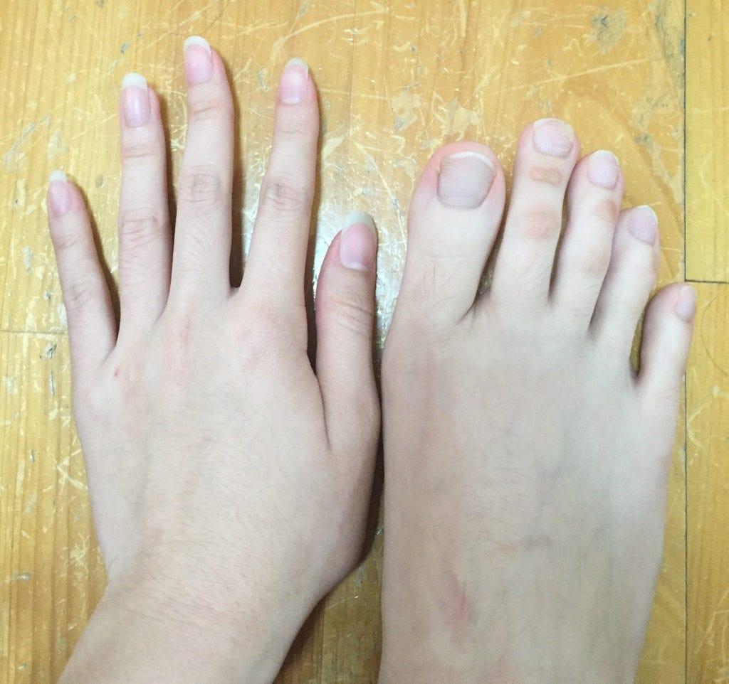 long fingers woman Fetish