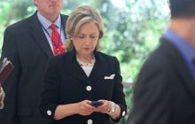 """Hillary Clinton Finally Nails Her First """"I'm A Cool Millenial!"""" Move And Will Be Texting Her Pick For Vice President"""