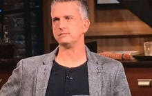 Who Is Dressing Bill Simmons?