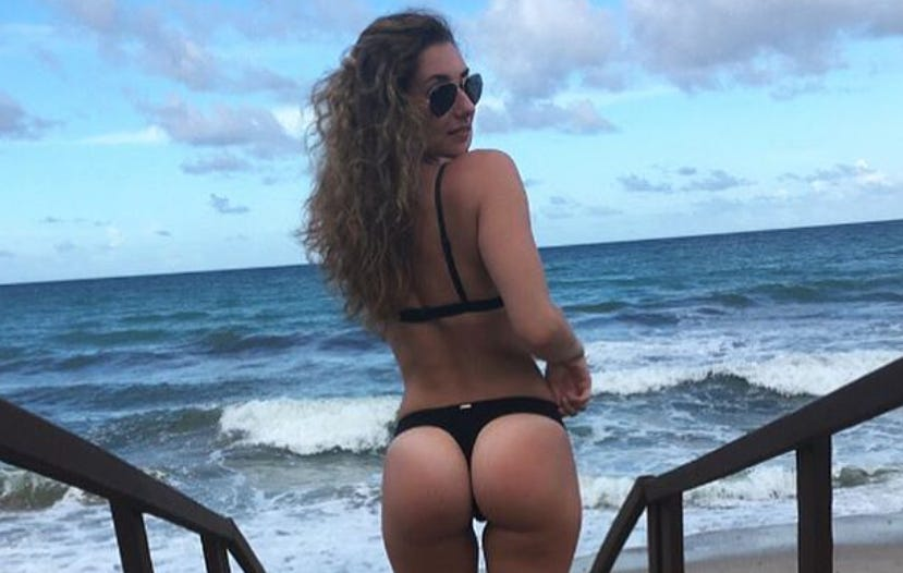 Barstool Local Smokeshow Of The Day – Kendra from MCPHS