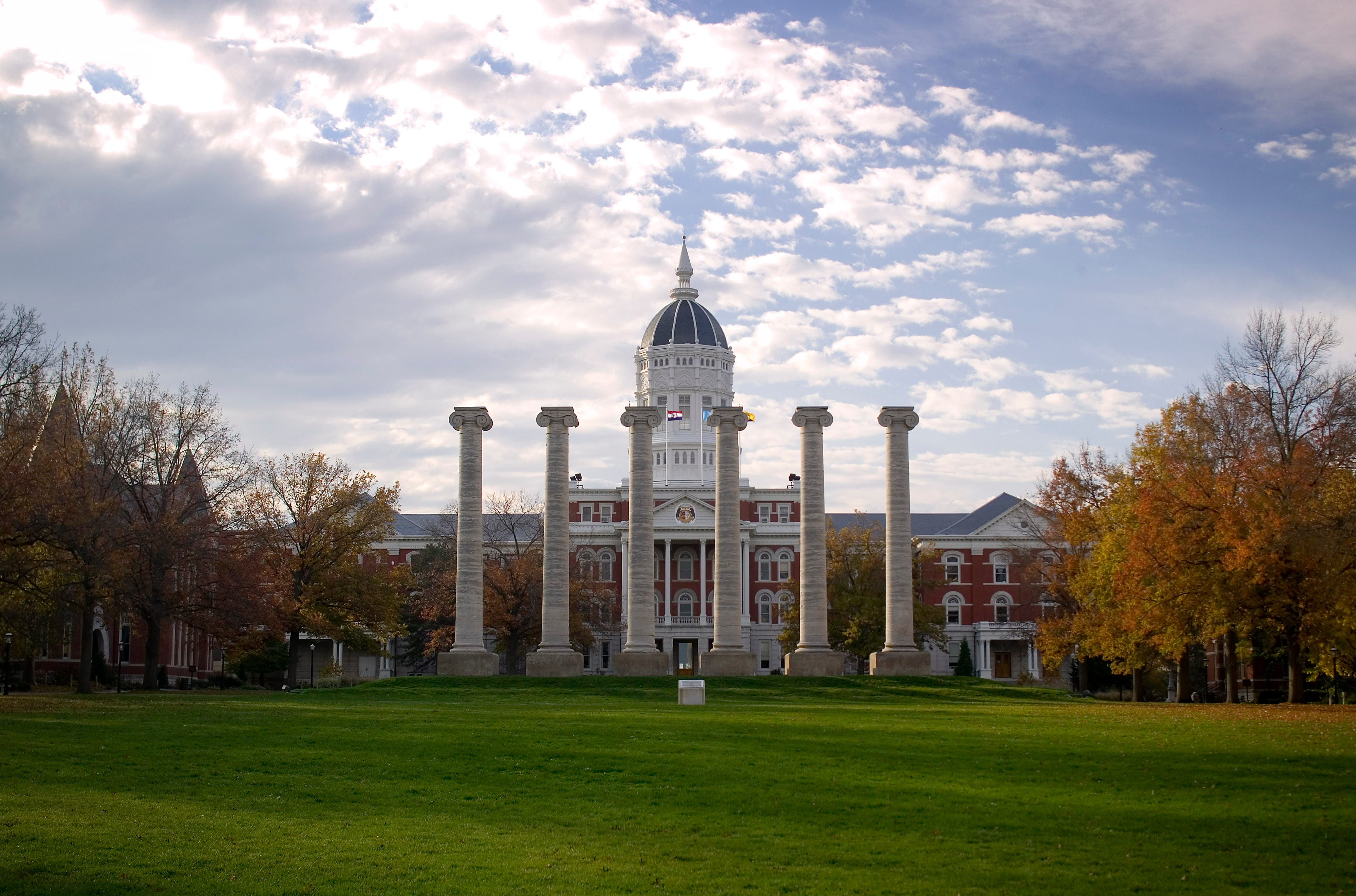 Unisex Bathroom Signs Mizzou Students Pass Resolution To Spend $12K To Change All