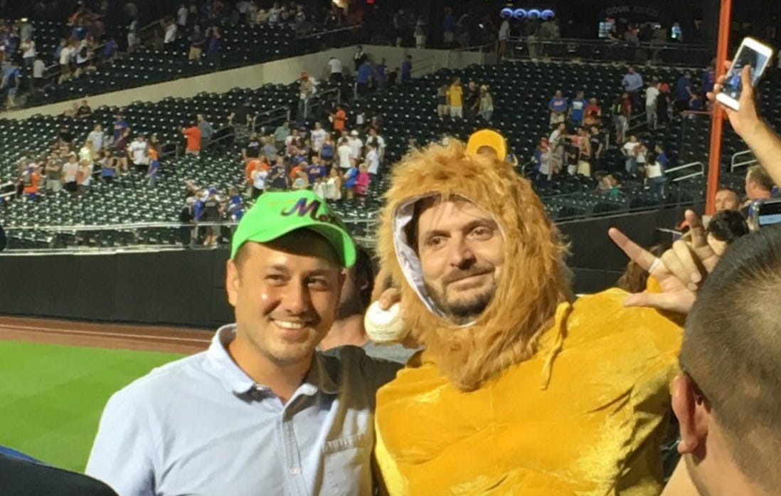 """Yoenis Cespedes Uses """"Circle Of Life"""" From The Lion King As His Walk Up Music, Hits Walk Off Home Run Directly To A Fan Dressed As Simba"""