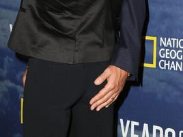 Get A Hand Full Of That Gisele Bundchen Ass, Tom Brady!
