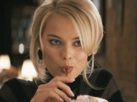 Margot Robbie Mistakenly Flirted With A High Schooler At A Photo Shoot And Now I Hate That Kid With All My Heart
