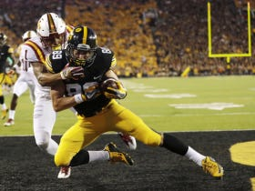 Iowa WR Matt VandeBerg Reportedly Breaks Foot During Practice, Might Be Out For The Season