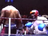How's Greg Hardy's MMA Career Gonna Go? This Video Of Him Getting Worked By A 5'9″ Dude In A Boxing Match Leads Me To Believe It Won't Be Great
