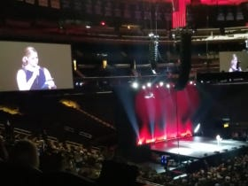 Amy Schumer Reads A Cocky Open Letter At MSG To The Trump Supporters Who Walked Out On Her Tampa Show