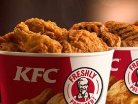 A Lady Is Suing Kentucky Fried Chicken For $20 Million Cause Her Bucket Of Chicken Wasn't Filled To The Top