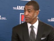 UConn Coach Kevin Ollie Has To Give Interview With Microphone Scotch Taped To His Face