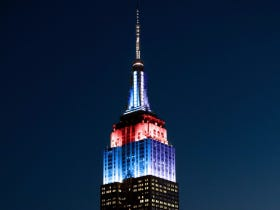 The Empire State Building Being Lit Up In Cubs And Indians Colors Is Disrespectful As Fuck To New York City