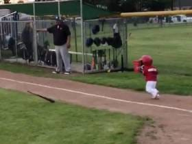 Yoan Moncada's Two And A Half Year Old Son Checking In With An All-Time Bat-Flip