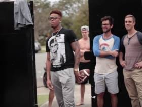 FSU QB Deondre Francois Throws Football Over PIKE Mansion, Instantly Becomes A Legend
