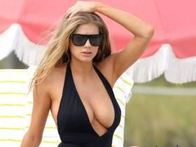 This GIF Of Charlotte McKinney Grabbing Her Right Tit Is The Hottest Thing Ever But Is It Worth An Entire Blog Dedicated To It?