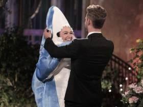 Shark/Dolphin Girl From 'The Bachelor' Murdered Nick V On Twitter Last Night