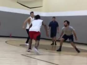 It Should Be Illegal For Todd Gurley To Play Pick Up Ball Vs. Normal Dudes At The Local YMCA