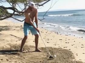 Dustin And Paulina Announce The Gender Of Their Baby With An Exploding Golf Ball