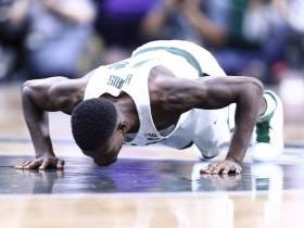 Michigan State's Eron Harris Checking In on Senior Day After a Nasty Leg Injury is All the Feelings