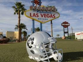 I Am Weirdly Excited About the Raiders Moving to Las Vegas