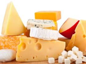 Some Dude In Ireland Got Crushed To Death When 40 Tons Of Cheese Fell On Him