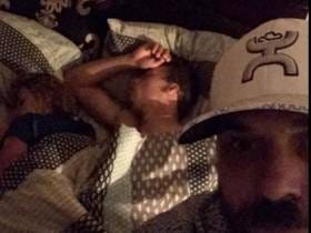 Dude Comes Home To Find His Girlfriend In Bed With Another Man So He Does The Logical Thing And Takes A Bunch Of Selfies For Facebook