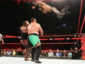 While SmackDown Nosedives, RAW Is Hitting Its Stride