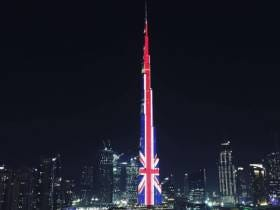 Dubai Brought Their A+ Game In Paying Tribute To The Manchester Victims