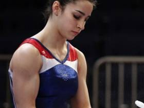 Aly Raisman Says She Was Body Shamed By A Male TSA Agent Who Told Her That Her Biceps Weren't Big Enough