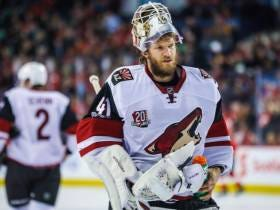 Goalie Mike Smith Calgary Flame'd The Shit Out Of The Coyotes On His Way Out The Door