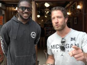 Barstool Pizza Review - Merilu Pizza Al Metro With Special Guest Cordarrelle Patterson