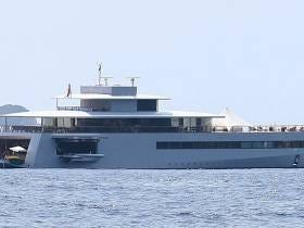 Steve Jobs' Widow Is Peacocking Around Italy On The $100 Million Dollar Yacht He Never Got To Use