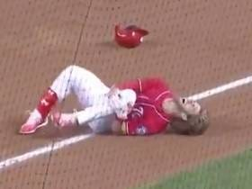 Bryce Harper Slips On Wet Bag And Leaves Game With Knee Injury