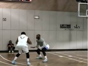 Hoodie Melo Was Balling His Dick Off With Kevin Durant And Lebron James During A Game Of Pickup Hoops