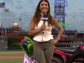 All I'm Saying Is The Phillie Phanatic Probably Knows A Thing Or Two About Eatin Some Booty