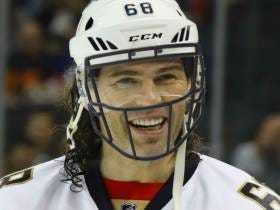 Should Jaromir Jagr Test His Luck In The NFL? USA Today Seems To Think Yes