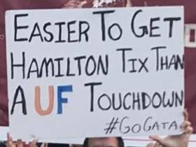 Best Gameday Signs LIVE From New York City