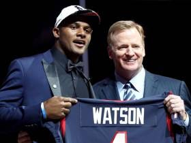 DeShaun Watson Says Hue Jackson Texted Him On Draft Night