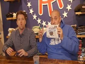 Snackin' Off — Mystery Oreos