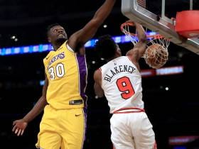 Last Night In The NBA: We Were All Forced To Watch Lakers/Bulls