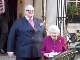This Large Adult Male With The Queen Of England Is A Fucking Beaut