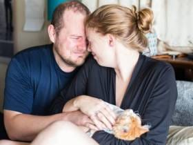This Couple Who Did A Maternity Photoshoot For Their New Cat Can Go Right To Hell