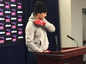 Felger Says Brady's Got Some Stitches In His Hand But It Shouldn't Affect Him