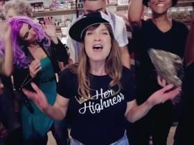 A Lady Rapper Wrote A Jam About Marijuana Dispensaries That Is Right On The Border Of Being Good