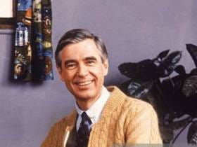 Sorry, Neighbors: The New Mr. Rogers Movie Looks Like It's Gonna Be A Nerd Fest