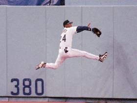 Wake Up With Ken Griffey Jr Mondays - The Kid Breaks His Wrist On Incredible Catch
