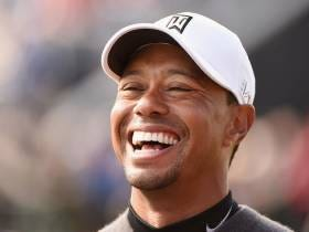 Tiger Challenges Long Drive Champ, Destroys A Drive, Casually Walks Away
